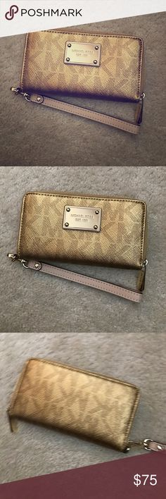Authentic Michael Kors Wallet Wristlet Gold Michael Kors wallet wristlet only used a handful of times. It is in great condition and just a gorgeous little wristlet. Michael Kors Bags Clutches & Wristlets