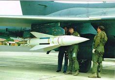 Blackburn Buccaneer, South African Air Force, Battle Rifle, Korean War, Military History, Military Aircraft, Fighter Jets, Aviation, Cheetahs