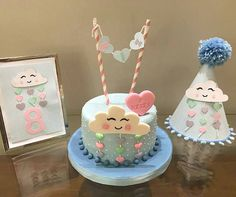 Kit super fofo de Regrann from - ☁️☁️. Birthday Cakes Girls Kids, Birthday Cake Girls, Beautiful Birthday Cakes, Beautiful Cakes, Rio Cake, Cloud Party, Baby Lulu, Baby Girl Cakes, Balloon Cake