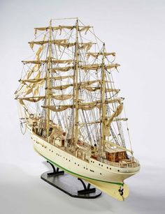 Mid-20th Century Ship Model  (Ref No. 6821) - Windsor House Antiques