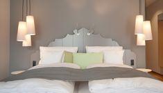 Das Doppelzimmer #Spätlese in unserem neuen #Hotel an der #Mosel. Gelegen am Fuße der  #Weinberge und #Marienburg in #Pünderich Bed, Furniture, Home Decor, Wine Vineyards, Double Room, Homemade Home Decor, Stream Bed, Home Furnishings, Beds