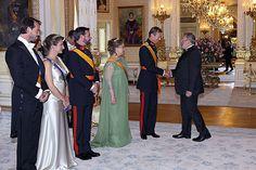 Foro Hispanico de Opiniones sobre la Realeza: Cena de gala
