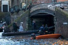 Regent's Canal (Camdem, London) - Spectre - James Bond Christoph Waltz, Daniel Craig, James Bond, Regents Canal, Filming Locations, Boat, Actors, London, Singers
