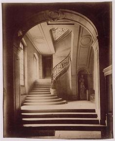 Within this photo, Eugene Atget is able to portray the concept of an old Paris staircase. In the center of this photo is a winding staircase with brace or wood arm railings with intricate designs on. History Of Photography, Documentary Photography, Vintage Photography, Street Photography, Art Photography, Interior Photography, Landscape Photography, Fashion Photography, Wedding Photography