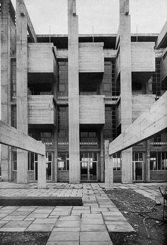 Marchiondi Spagliardi Institute, Milan, Italy, 1952. Architect Vittoriano Vigano. /seven8nineblog