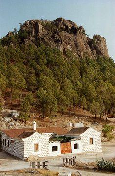 Casa Forestal de Pajonales Oct1999 Gran Canaria by lanzarote rural, via Flickr
