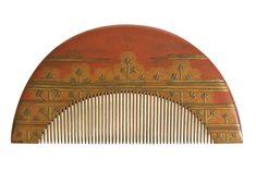 Kushi comb, Japan, 19th century, laquered wood, Musée des arts décoratifs, Paris.