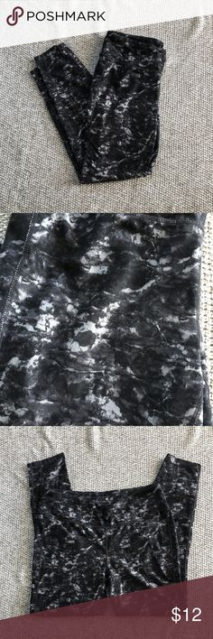 Tangerine workout leggings Black and gray marbled pattern.  Hardly worn, in great condition. Tangerine Pants Leggings