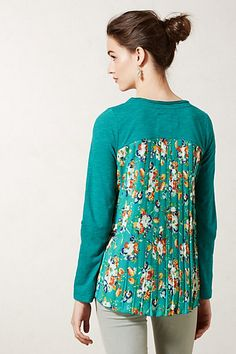 Refashion the Back of a T-shirt with pleated, patterned fabric for a splash of style!
