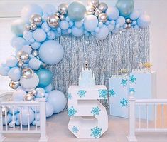 When you take to it's next level ❄️ ⛄️ Check out our link in bio to shop all frozen decorations for your party! Frozen Birthday Party, Frozen Birthday Decorations, Frozen Theme Party, Cinderella Birthday, 4th Birthday Parties, Birthday Balloons, Frozen Balloon Decorations, 3rd Birthday, Frozen Party Table