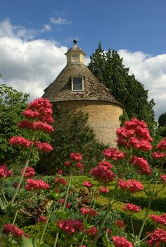 Rousham park and gardens Oxfordshire - Someplace I could put on my bucket list.