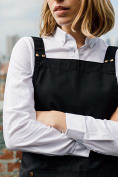 DELUXE CANVAS - Delivering Style & Function 🌟 Our Deluxe Canvas Apron is a crew favourite for its classic design & durable poly-cotton canvas construction.  Available in 4 colour ways, and as a full bib or waist apron, this apron offers sophisticated styling that can be dressed up or down to suit you venue or decor🙌 | Restaurant Uniform | Venue Decor Ideas | Restaurant Aprons