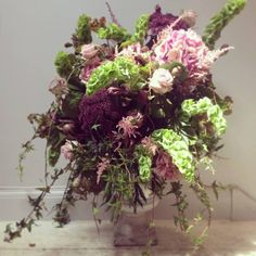 Catherine Muller Flower School in London on Elizabeth Street and Paris on Rue des Pyramides - Floral arrangement with Hydrangea, Angelique, Molucella, Roses, Astilbe and ivy