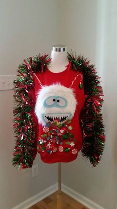 51 Ugly Christmas Sweater Ideas So You Can Be Gaudy and Festive Homemade Ugly Christmas Sweater, Diy Ugly Christmas Sweater, Ugly Sweater, Xmas Sweaters, Christmas Party Decorations, Christmas Holidays, Christmas Crafts, Christmas Outfits, Xmas Party