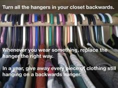 Try this neat hanger trick to figure out which clothes to give away.