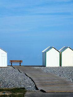 Cayeux-sur-mer - Le banc et les cabines (Somme - 80410) [2015] (Photo de Didier Desmet)