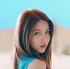 South Korean Girls, Korean Girl Groups, Gfriend Profile, Gfriend Sowon, Kpop Girls, The Creator, Aesthetics, Icons, Queen