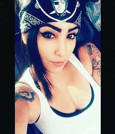 Raiders Vegas, Raiders Girl, Raiders Tattoos, Chola Girl, Chola Style, Oakland Raiders Football, Billabong Girls, Non Blondes, Gangsta Girl