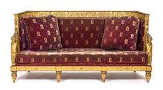 Canapé d'époque Empire en bois sculpté et doré à dossier arrondi orné de [...], Collection de Molly de Balkany (Prangins) à Piguet Hôtel des Ventes | Auction.fr