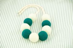 Beaded Felted Necklace Deep Jungle Green and Ivory by DevikaFelt, €20.00