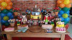JACKELINE TOMAZI: DECORAÇÃO DE FESTA CHAVESSegundo aninho da Alice!!... Baby Photos, Birthday Cake, Desserts, Food, Alice, Lucca, Colorado, Cakes Baby Showers, Toddler Boy Birthday