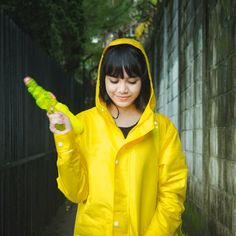 How's your day ? A quick rain shower won't hurt. Especially when you are wearing this magic cloak. Go get fun in the rain :) #ame #ameraincoat #rainwear #rainydays #fashion #rain #colorfulrain