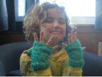 Cozy Chunky Fingerless Gloves - free crochet pattern