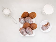 Guittard's Hot Cocoa Madeleines Recipe — Fix Feast Flair Guittard Chocolate, Hot Chocolate Mix, Chocolate Banana Bread, Chocolate Lovers, Madeleine Cake, Madeleine Recipe, Hot Cocoa Mixes, Italian Cookies, Chip Cookies