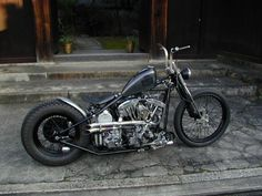 Sick shovelhead, I'd swap the bars with some sick ape hangers that would lean back a little. Something custom