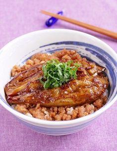 茄子の蒲焼丼 | お美津さんちの赤いサラダ