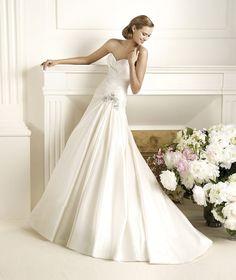 Pronovias te presenta el vestido de novia Dorothy, Glamour 2013. | Pronovias