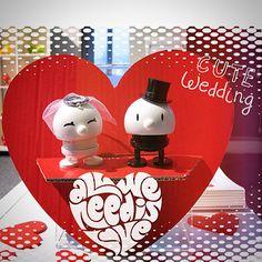 Love theese wedding folks....