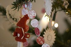 Red and White Christmas Tree ~ 12 Days of Christmas Decorations / Day 12 - Songbird