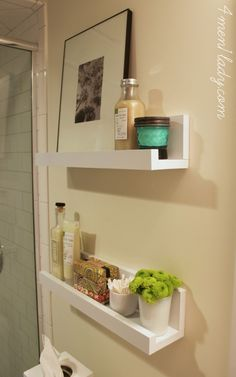 badezimmer DIY bathroom shelves to increase your storage space There are some other tricks of the pa Diy Storage Space, Bathroom Storage Shelves, Bathroom Organisation, Storage Ideas, Shelf Ideas, Glass Shelves, Storage Solutions, Organization Ideas, White Bathroom Shelves