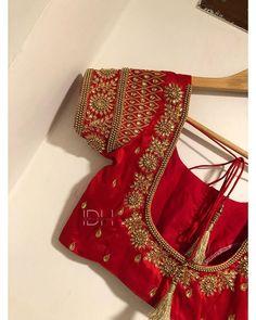 Blouse Back Neck Designs, Cutwork Blouse Designs, Wedding Saree Blouse Designs, Pattu Saree Blouse Designs, Simple Blouse Designs, Embroidery Neck Designs, Stylish Blouse Design, Hand Work Embroidery, Mirror Work Blouse Design