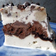 "Better Than Dairy Queen ""Ice Cream"" Cake"