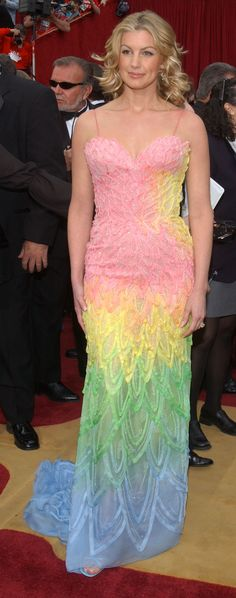 Faith Hill as Technicolor Cotton Candy (2001) | The 16 Craziest Oscar Fashion Moments Of All Time