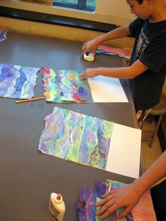 These Watercolor Seascape Collages are a great inspiration for background ideas for lots of media - collage, mixed media, lettering, printmaking, etc! 4th Grade Art, School Art Projects, Group Art Projects, Middle School Art, Art School, High School, E Mc2, Art Lessons Elementary, Kindergarten Art Lessons