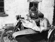 German Empire Free State Prussia motorcycle Berlin motorcyclist Weichelt with the 500 ccm OKW sidecar machine Photographer Keystone View Published by. - H & R Dobler - HotelsPedi Side Car, Old Motorcycles, Free State, Prussia, Historical Photos, Berlin, Empire, Images, Black And White