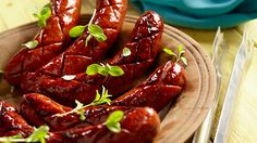 Kiełbaski piwne z grilla Polish Recipes, Polish Food, Smoking Meat, Lidl, Brisket, Chicken Wings, Ale, Bacon, Grilling