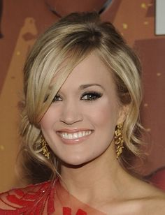 Another possible bridesmaid hairstyle for this weekend...