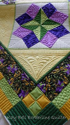 strolling the block quilt | all - Both ladies did a smashing job with their quilting. The blocks ...
