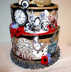 """""""Alice in Wonderland"""" Centerpiece"""