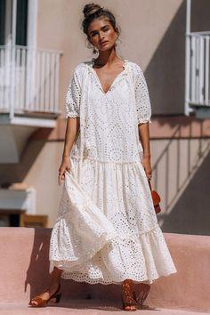 "И не сказка, и не быль - это просто ""Бохо""- стиль) — Разное | OK.RU Midi Dresses Uk, Casual Dresses, Fashion Dresses, Dresses With Sleeves, Long Boho Dresses, Linen Dresses Uk, Bride Dresses, Short Sleeves, Short Sleeve Dresses"