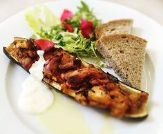 Denné menu Vranov | Plnená cuketa s rezancami z bravčovej panenky, čerstvý chlieb - reštaurácia Hotel Patriot*** #hotel #restauracia #dennemenu