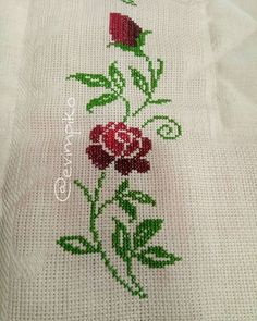 1 million+ Stunning Free Images to Use Anywhere Cross Stitch Borders, Cross Stitch Rose, Cross Stitch Flowers, Cross Stitch Patterns, Embroidery Suits Design, Embroidery Stitches, Hand Embroidery, Embroidery Designs, Free To Use Images