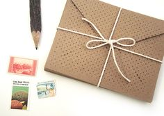 Dotted Kraft Envelopes