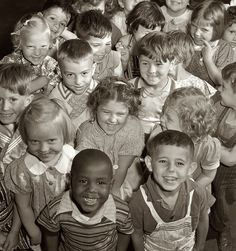What a beautiful photo of children from the 1930's