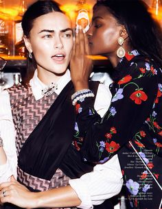 Myla Dalbesio & Tsheca White in Call and Response by Lina Tesch in Schon! 30