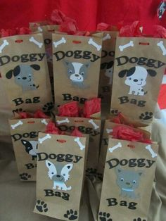 goody bags for puppy party Write doggie bag on favor bags but with pups from paw patrol Dog Themed Parties, Puppy Birthday Parties, Puppy Party, Birthday Fun, Birthday Party Themes, Birthday Ideas, Dog Parties, Dog Party Themes, Party For Dogs